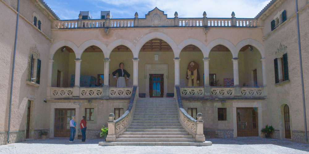 Andratx Castell Son Mas Ajuntament
