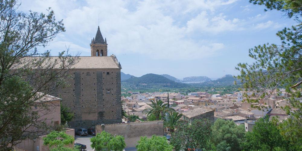 Casafari Real Estate Search Neighbourhoods Mallorca Andratx Andratx cathedral Church Santa Maria Andrach