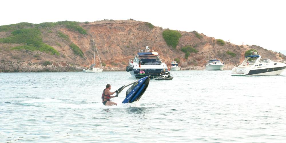 Oratori-Puerto-Portals-jet-ski-nous-mallorca-roxy
