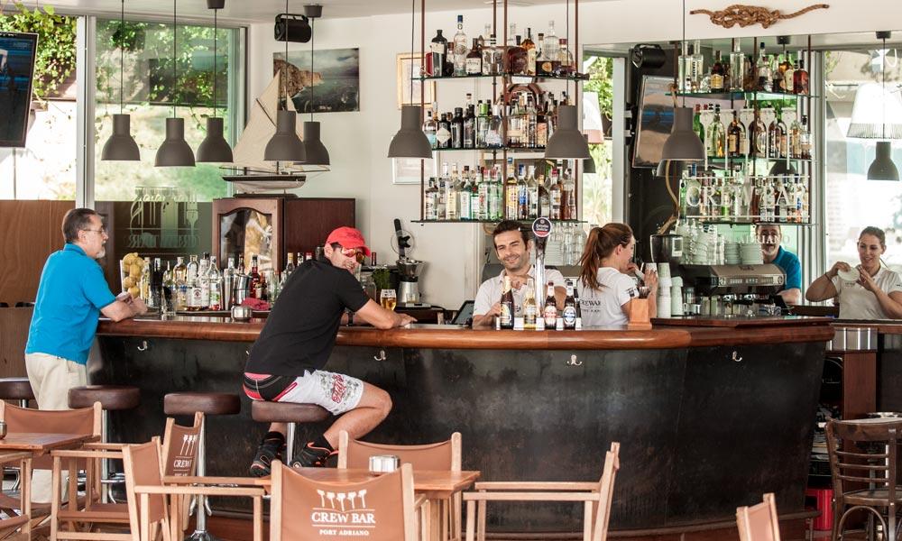 Port-Adriano-Crew-Bar-El-Toro-Mallorca-Casafari