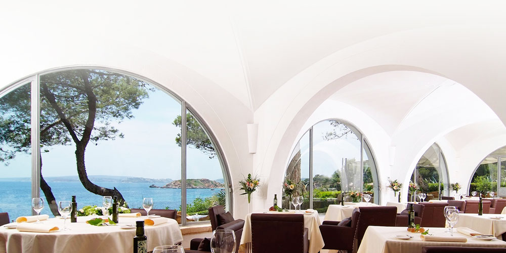 las terrazas restaurant inside view over sea bendinat mallorca south west real estate casafari