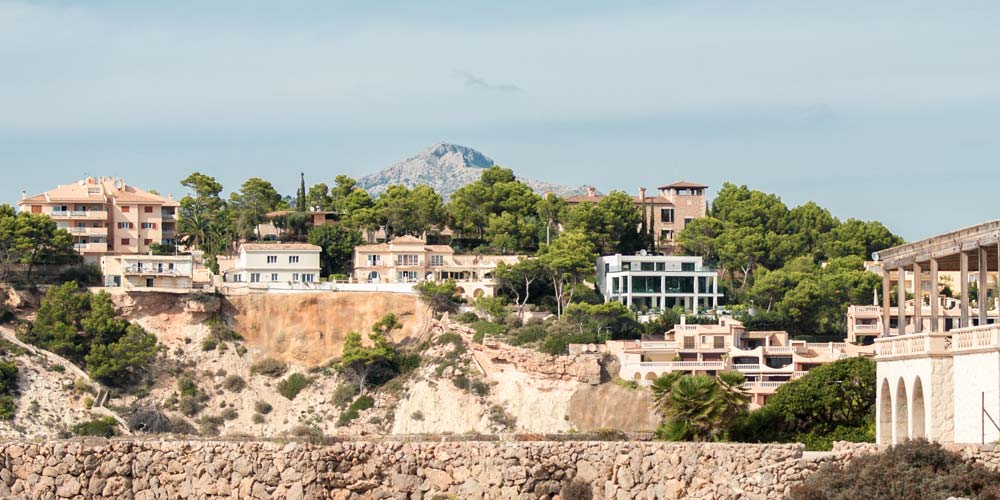 Santa Ponsa property selection.