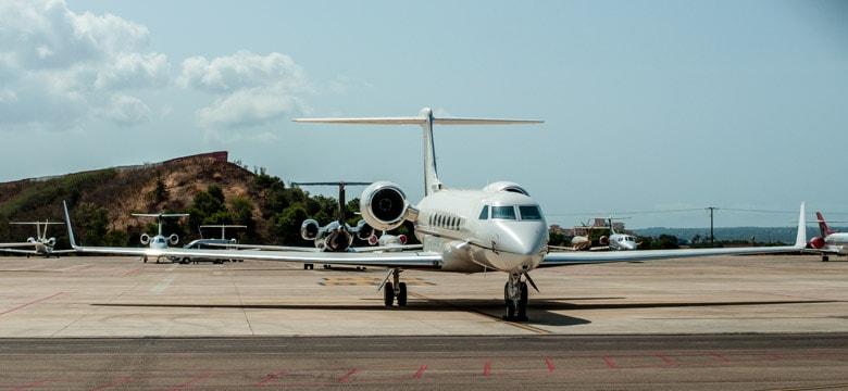 plane private jet palma de mallorca pmi airport