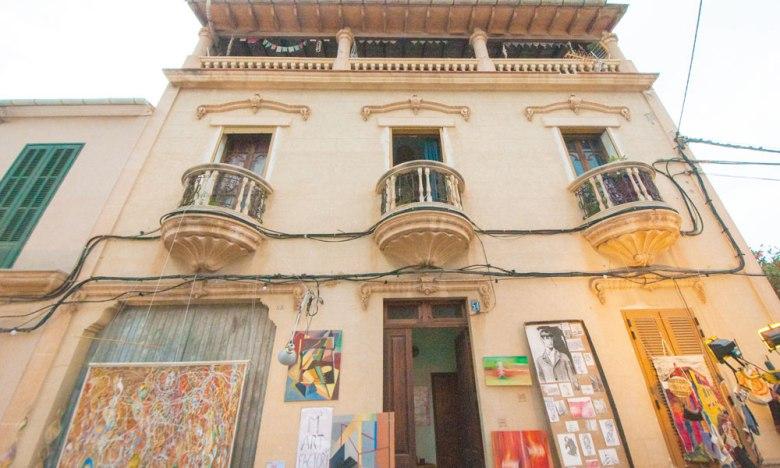 Artist atelie main street sarraco mallorca