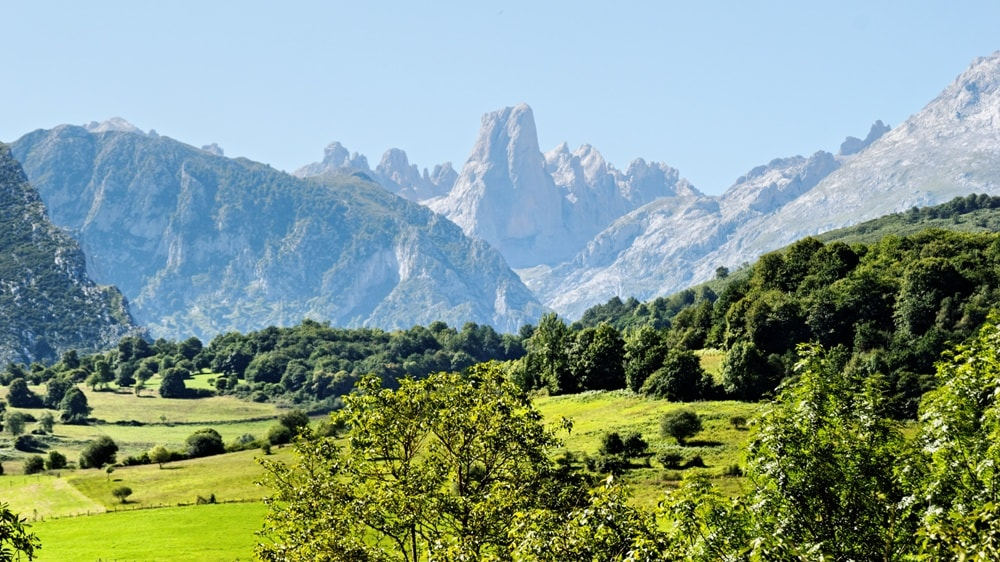 Naranjo de Bulnes Oceno Asturias mountains spain buy real estate property