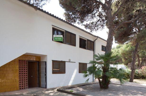 real estate villa sitges barcelona