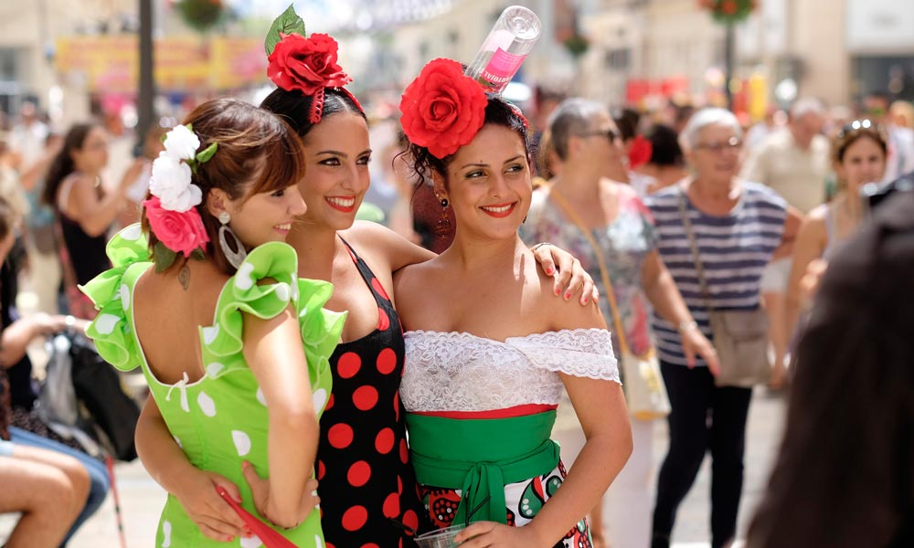 fiesta spain celebrations street malaga girls casafari article blog 20 reasons facts to love about and live in spain buy real estate property mallorca malaga alicante catalunya
