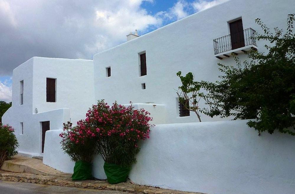 san lorenzo ibiza ibicenco white houses