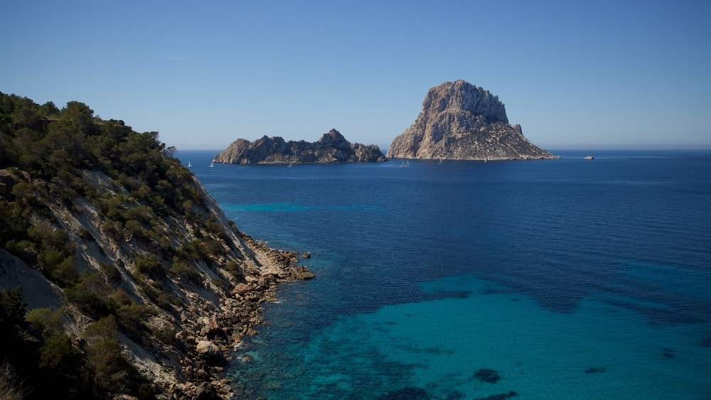 Sant Agusti des Vedra property market is surrounded by natural beauty of the island.