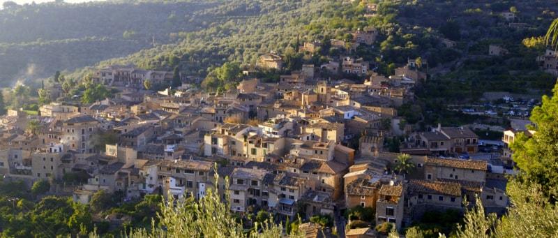 fornalutx village view soller mallorca casafari