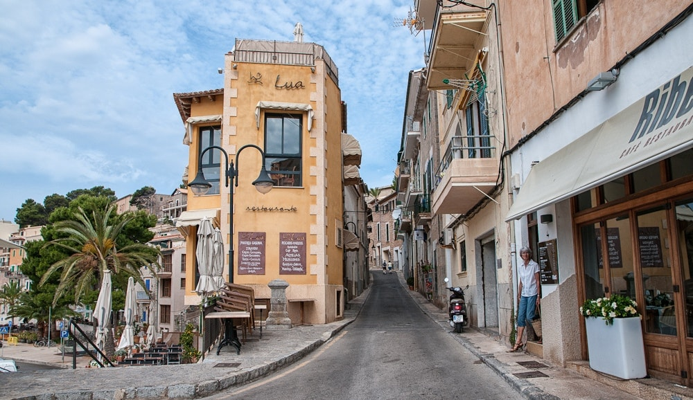 Streets and cafes of Port Soller property market.