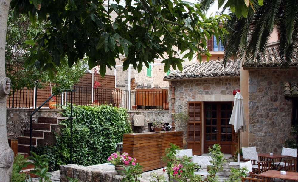 restaurant costa nord cultural centre valdemossa mallorca