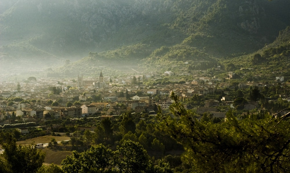 soller town tramuntana mountains mallorca