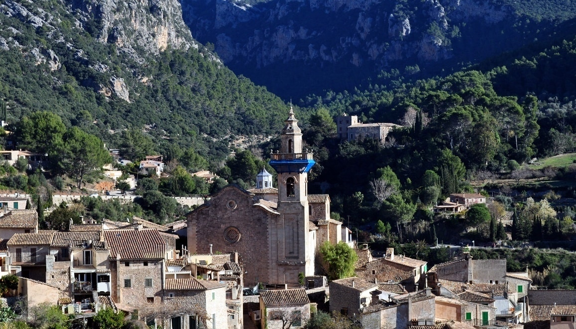 valldemossa view over tramuntana mountains mallorca