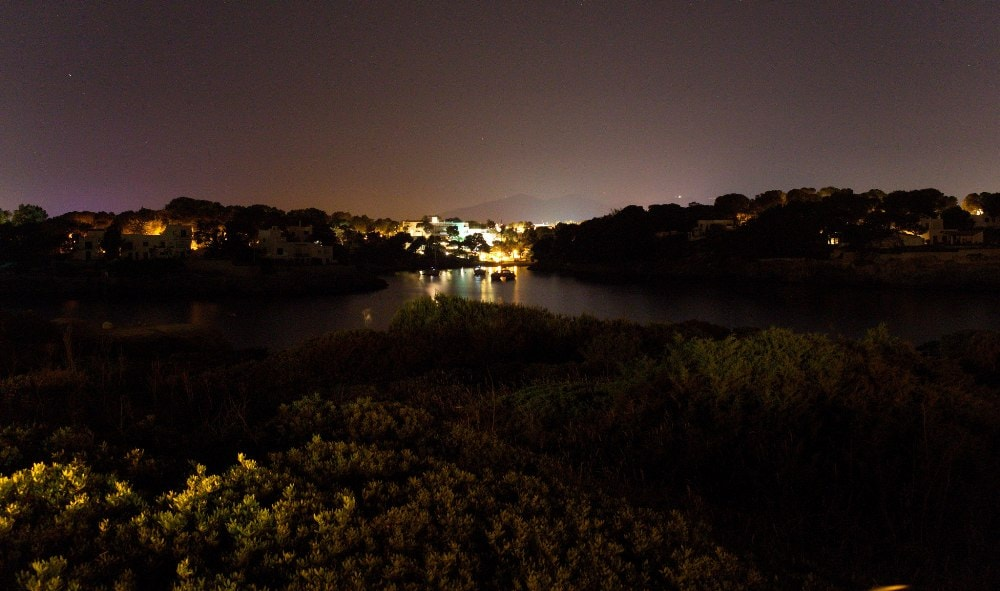 Cala d'Or property during the night.