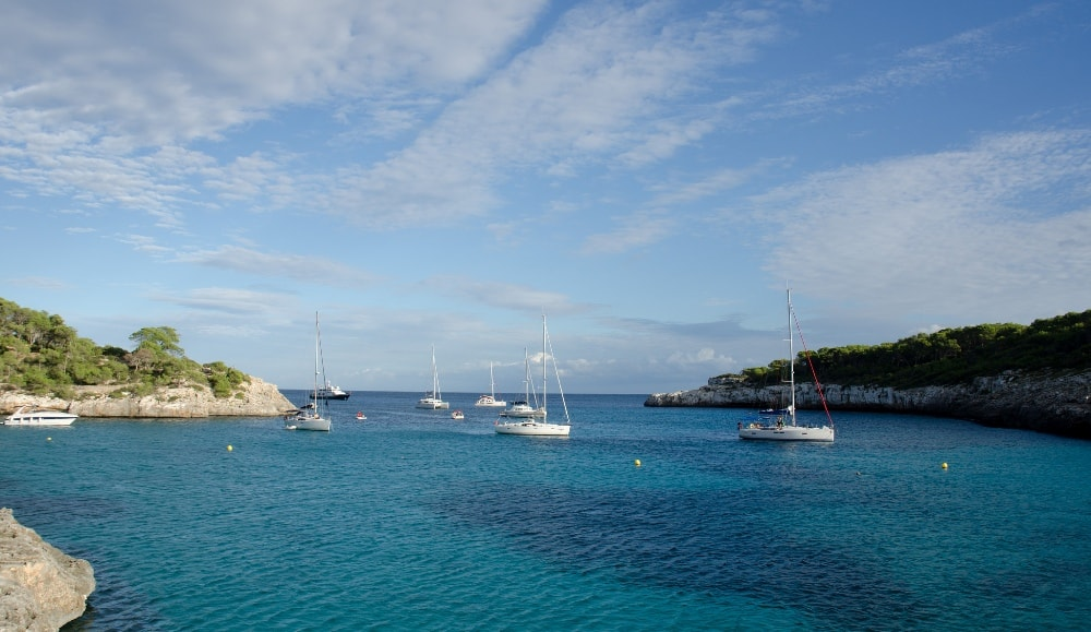 Cala d'Or property buyers can enjoy sailing while surrounded by stunning nature.