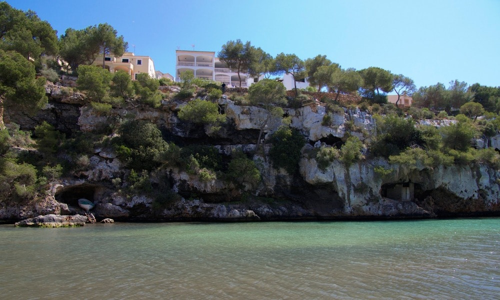 Seafront villa of Cala Pi property market.