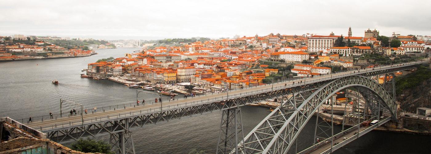 Brücke in Porto - Immobilien Leitfaden casafari portugal