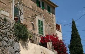 esporles town stone townhouse property mallorca