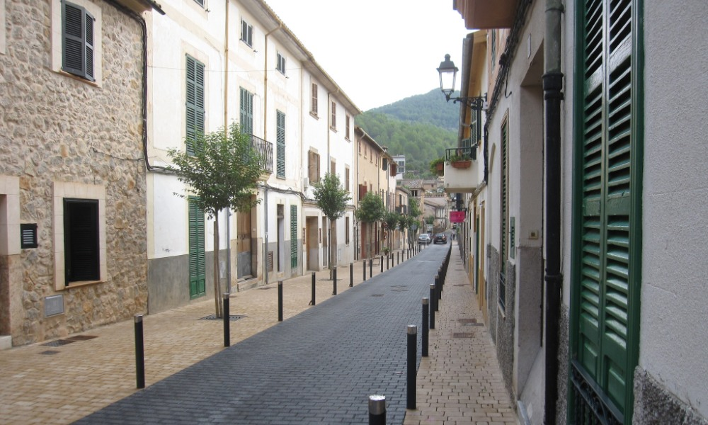 esporles town streets and townhouses mallorca