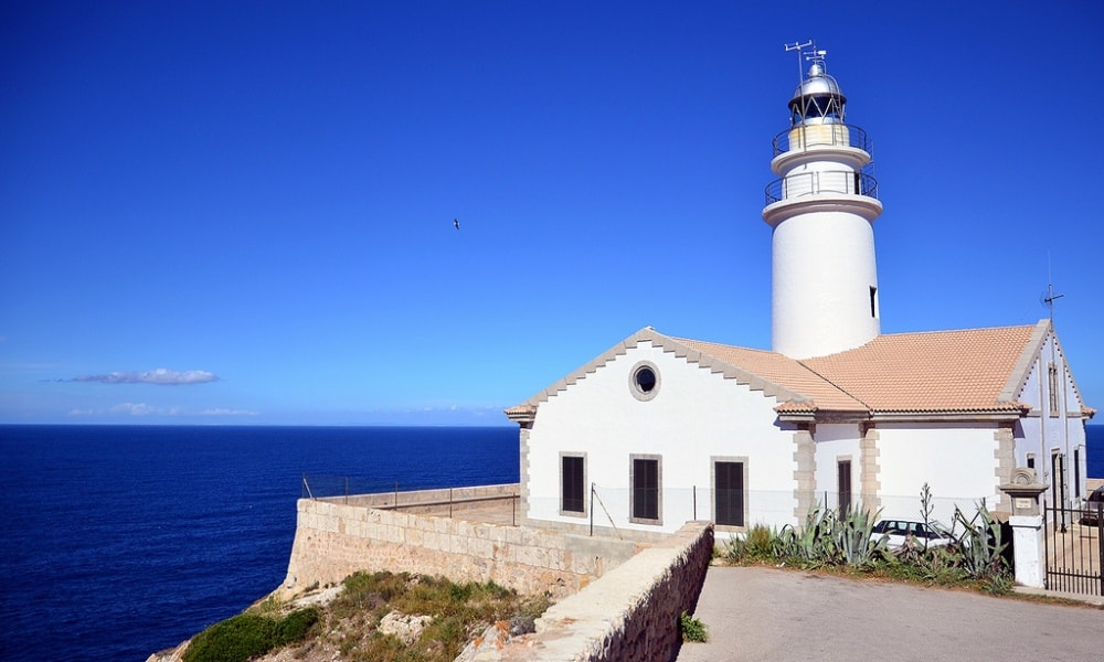 Cala Ratjada property market is set next to a lighthouse Punta de Capdepera.