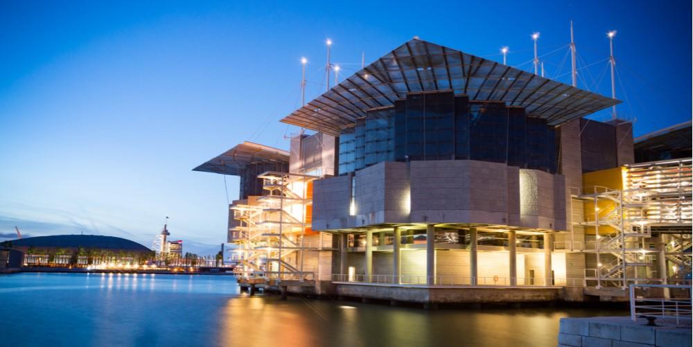 parque das nacoes property guide - oceanarium in lisbon