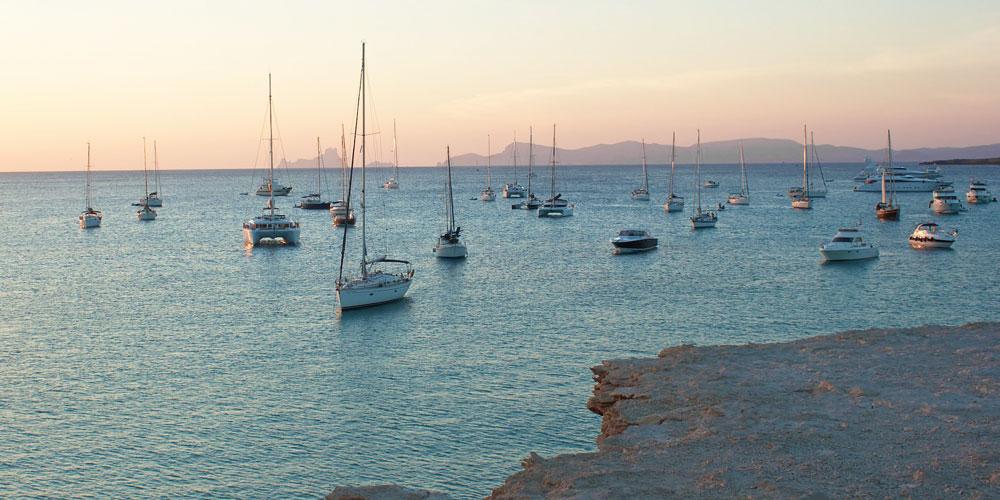 Formentera-view-over-Ibiza-Es-Vedra
