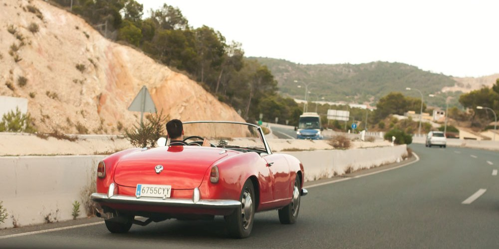 Luxury cars of second home buyers in Mallorca