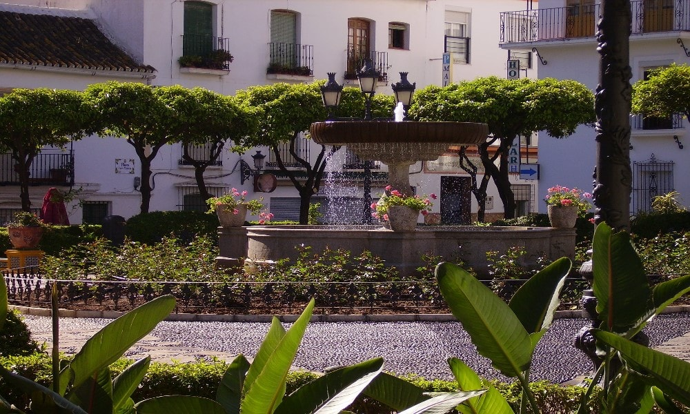 Estepona Old Town Property buyers enjoy many charming squares.