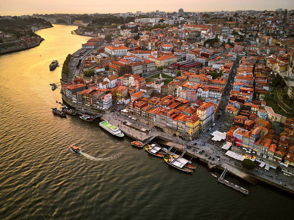 Porto takes a big part in Portugal real estate market recovery.
