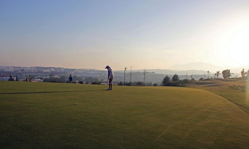 magna marbella golf casafari