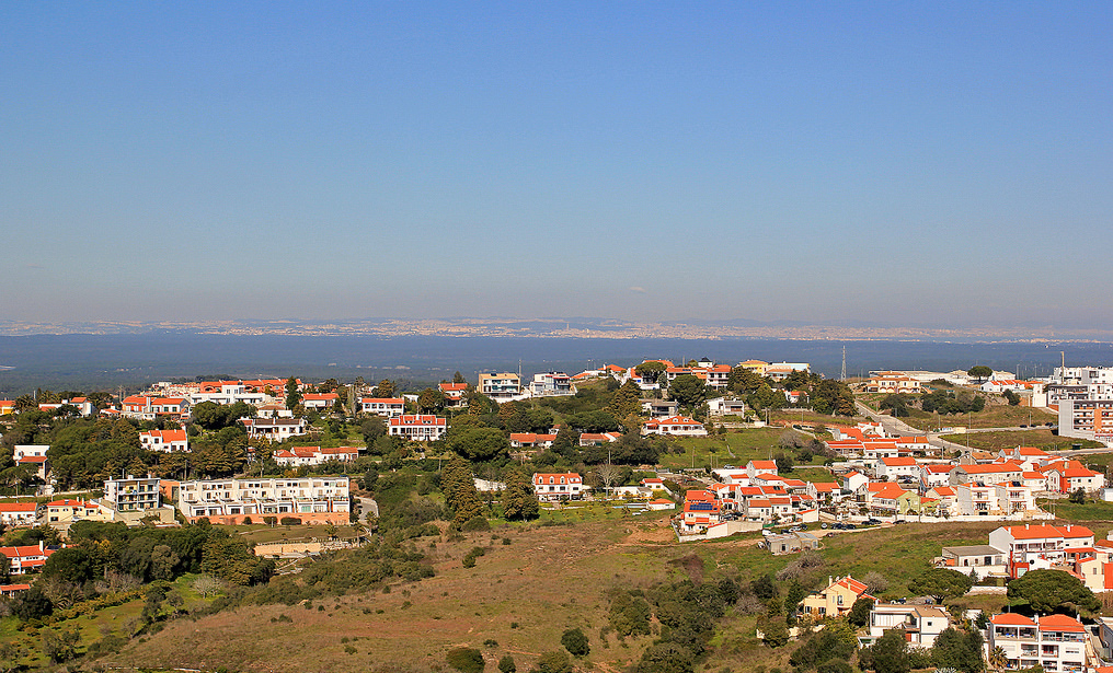setubal property Casafari metasearch