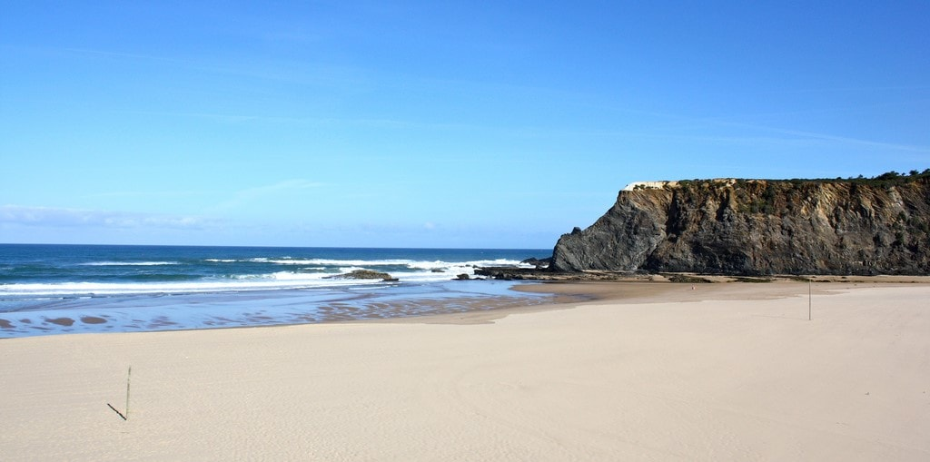 alcabideche property guide by casafari cascais region beaches portugal-min