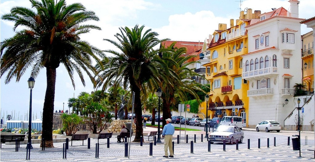 alcabideche propery guide by casafari - cascais region properties portugal-min