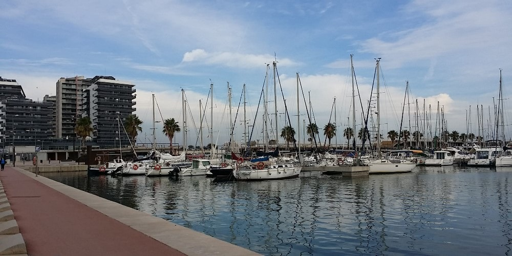 yachts in badalona marina bonavista property guide by casafari-min