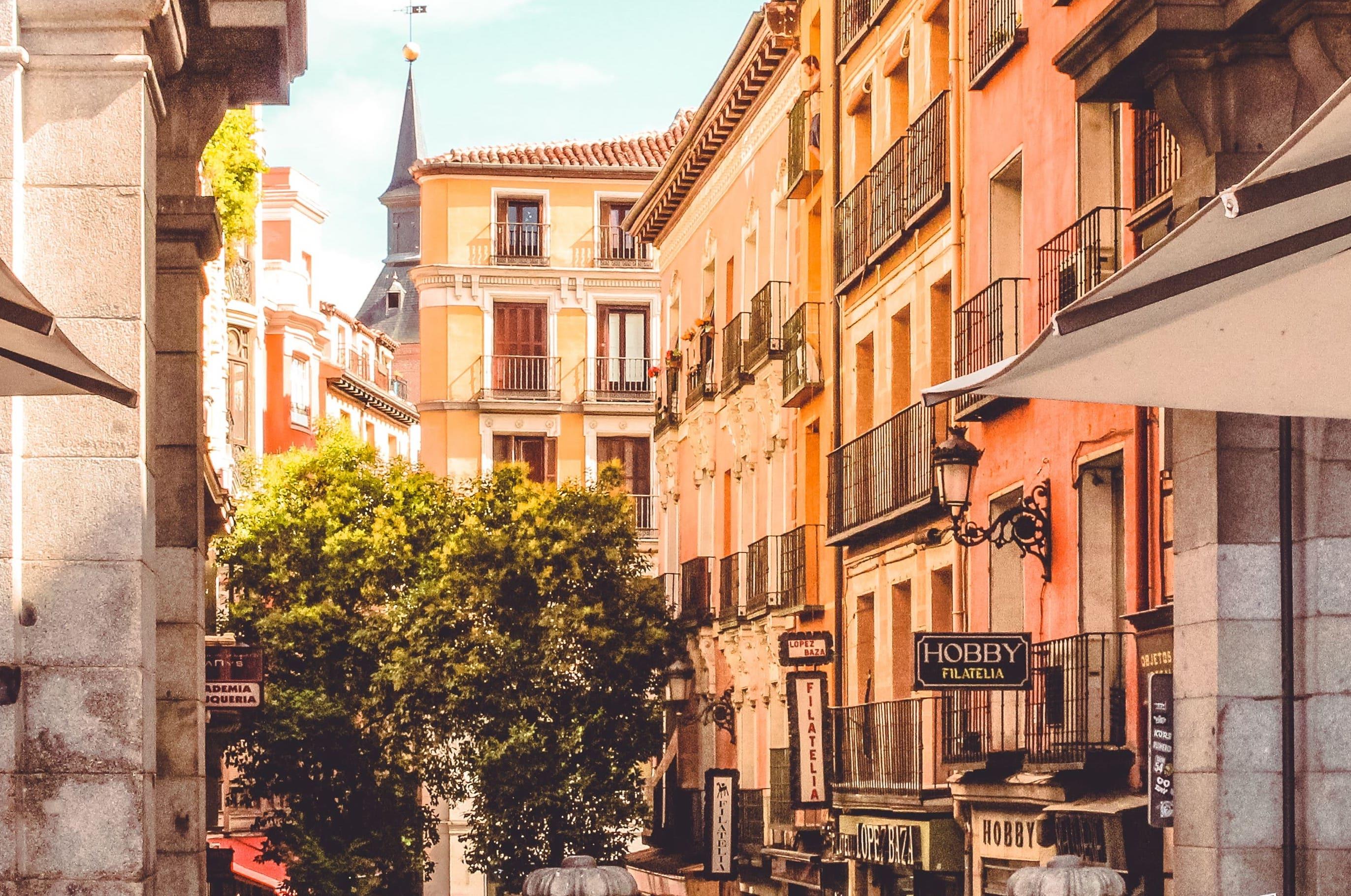 Madrid salamanca Spain real estate market casafari metasearch